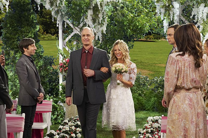 """""""The Conjugal Conjecture"""" -- Pictured: Howard Wolowitz (Simon Helberg), Wyatt (Keith Carradine), and Penny (Kaley Cuoco). After Sheldon's mother and Leonard's father share an evening together, everyone deals with an awkward morning the next day. Also, Penny's family arrives for the wedding ceremony, including her anxiety-ridden mother, Susan (Katey Sagal), and her drug dealing brother, Randall (Jack McBrayer), on the 10th season premiere of THE BIG BANG THEORY, Monday, Sept. 19 (8:00-8:30 PM, ET/PT), on the CBS Television Network. Dean Norris guest stars as Colonel Williams, an Air Force Representative from the Department of Materiel Command. Christine Baranski, Laurie Metcalf, Judd Hirsch and Keith Carradine return. Photo: Monty Brinton/Warner Bros. Entertainment Inc. © 2016 WBEI. All rights reserved."""