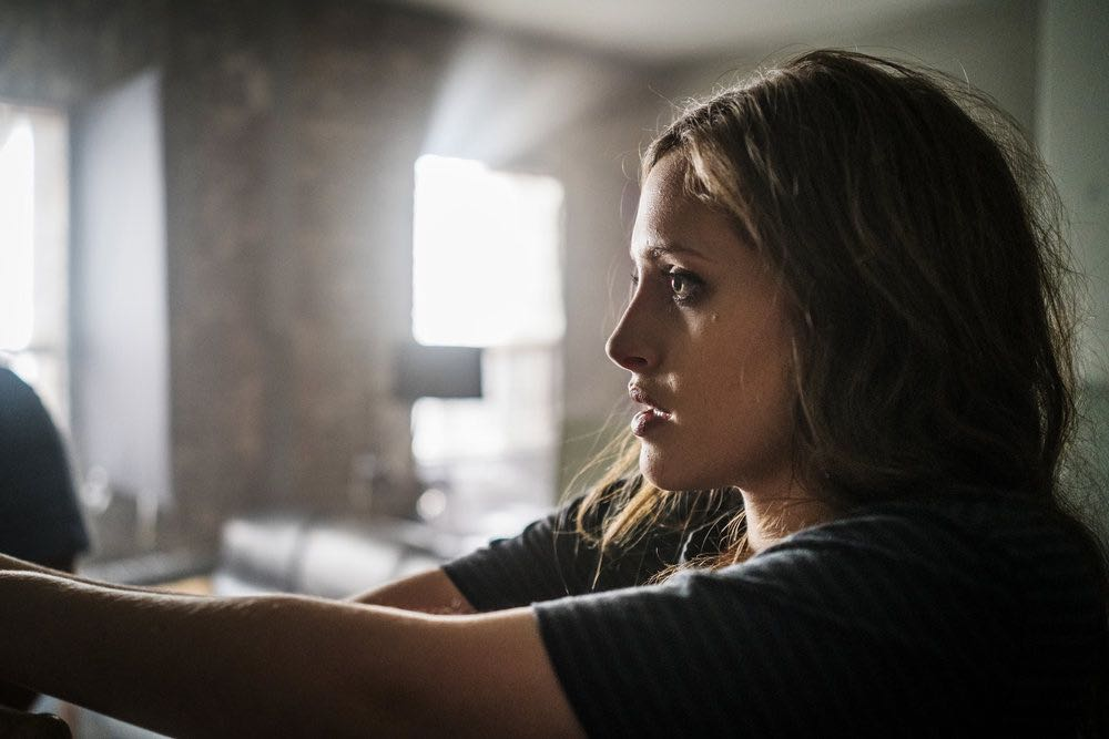 "MR. ROBOT -- ""eps2.6_succ3ss0r.p12"" Episode 208 -- Pictured: Carly Chaikin as Darlene -- (Photo by: Michael Parmelee/USA Network)"