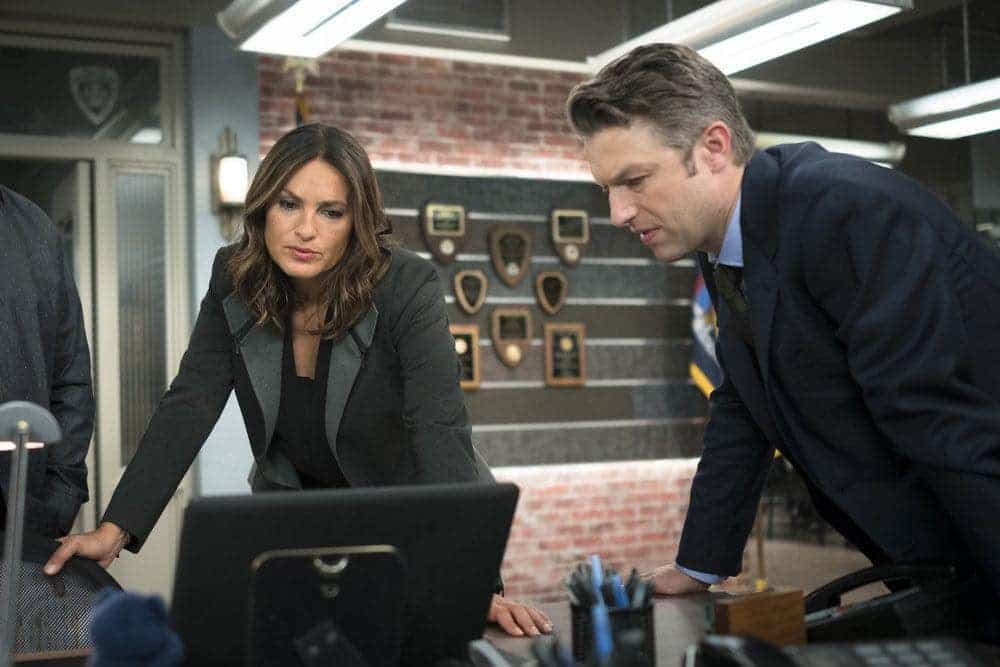 """LAW & ORDER: SPECIAL VICTIMS UNIT -- """"Imposter"""" Episode 1803 -- Pictured: (l-r) Mariska Hargitay as Lieutenant Olivia Benson, Peter Scanavino as Dominick """"Sonny"""" Carisi -- (Photo by: Michael Parmelee/NBC)"""