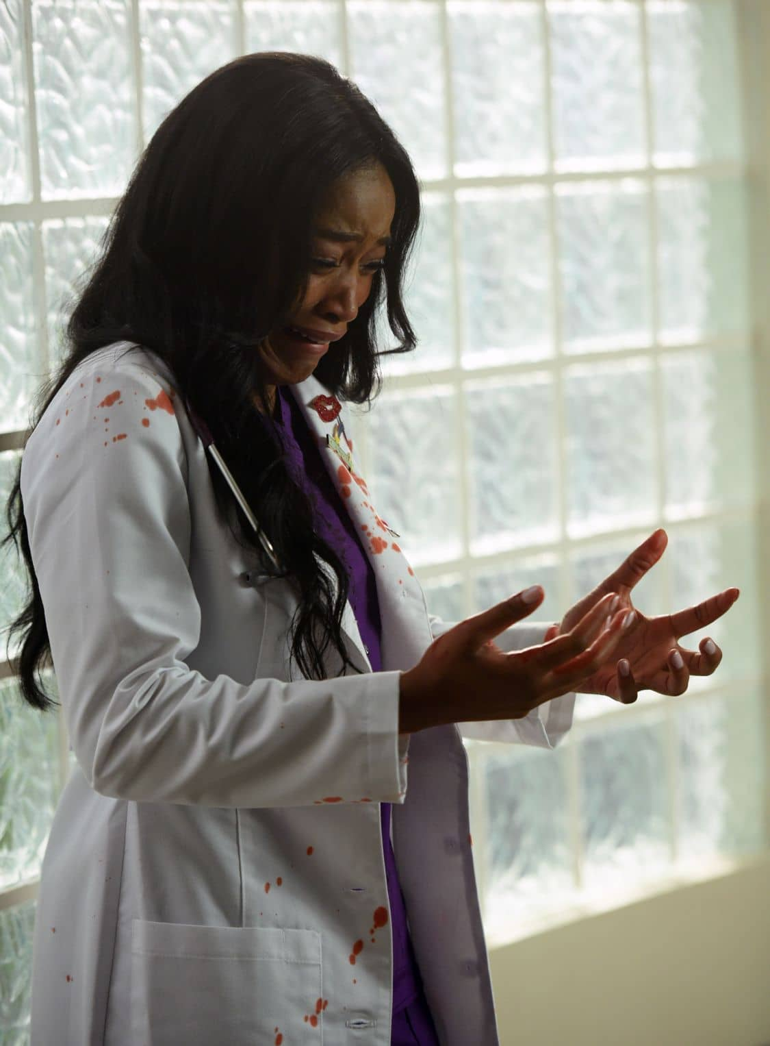 "SCREAM QUEENS: Keke Palmer in the all-new ""Handidates"" episode of SCREAM QUEENS airing Tuesday, Oct. 11 (9:01-10:00 PM ET/PT) on FOX. Cr: Michael Becker / FOX. © 2016 FOX Broadcasting Co."