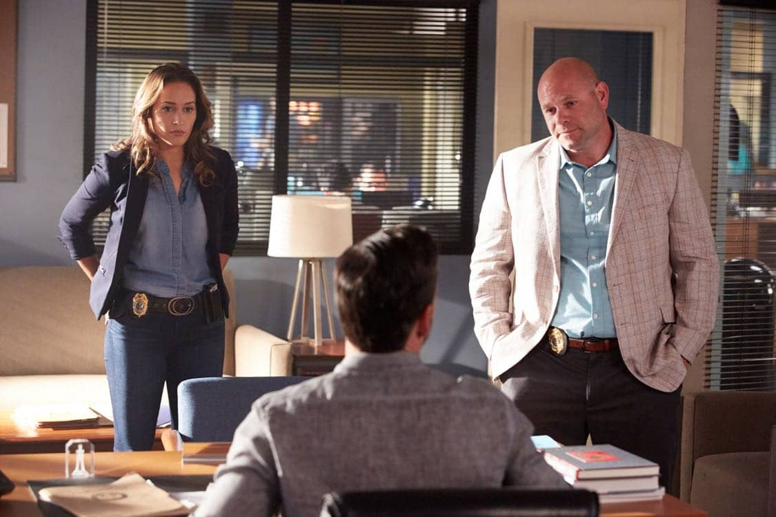 """ROSEWOOD: Pictured L-R: Jaina Lee Ortiz, Eddie Cibria and Domenick Lombardozzi in the """"Secrets and Silent Killers"""" episode of ROSEWOOD airing Thursday, Sept. 29 (8:-00-8:50 PM ET/PT) on FOX. ©2016 Fox Broadcasting Co. CR: Tyler Golden/FOX"""