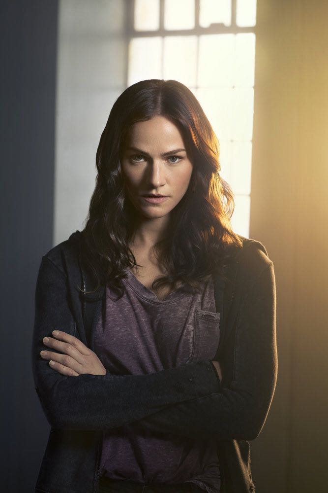 VAN HELSING -- Season:1 -- Pictured: Kelly Overton as Vanessa Van Helsing -- (Photo by: Brendan Meadows/HELSING S1 PRODUCTIONS/Syfy)