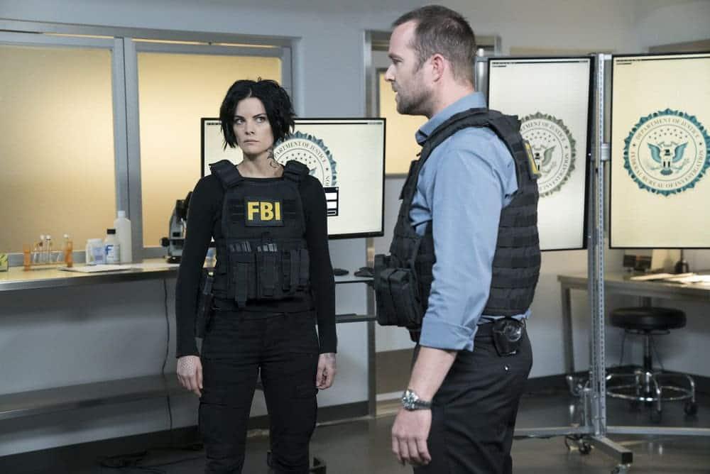"BLINDSPOT -- ""Resolves Eleven Myths"" Episode 207 -- Pictured: (l-r) Jaimie Alexander as Jane Doe, Sullivan Stapleton as Kurt Weller -- (Photo by: Virginia Sherwood/NBC)"