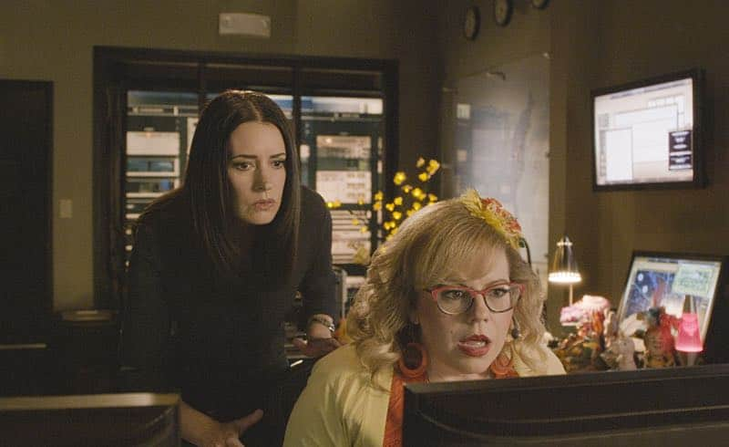 """Keeper"" -- The BAU team searches for a serial killer along the Appalachian Trail in rural Virginia, on CRIMINAL MINDS, Wednesday, Oct. 26 (9:00-10:00 PM, ET/PT), on the CBS Television Network. Pictured: Paget Brewster (Emily Prentiss), Kirsten Vangsness (Penelope Garcia) Photo: CBS ©2016 CBS Broadcasting, Inc. All Rights Reserved"