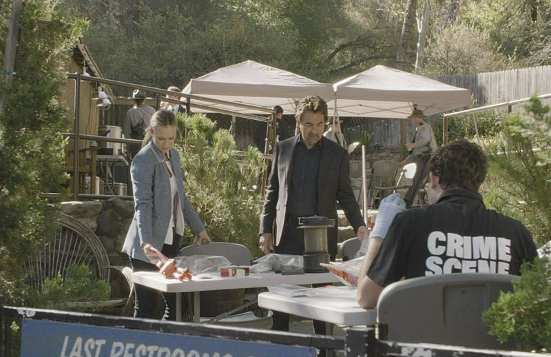 """Keeper"" -- The BAU team searches for a serial killer along the Appalachian Trail in rural Virginia, on CRIMINAL MINDS, Wednesday, Oct. 26 (9:00-10:00 PM, ET/PT), on the CBS Television Network. Pictured: A.J. Cook (Jennifer ""JJ"" Jareau), Joe Mantegna (David Rossi) Photo: CBS ©2016 CBS Broadcasting, Inc. All Rights Reserved"