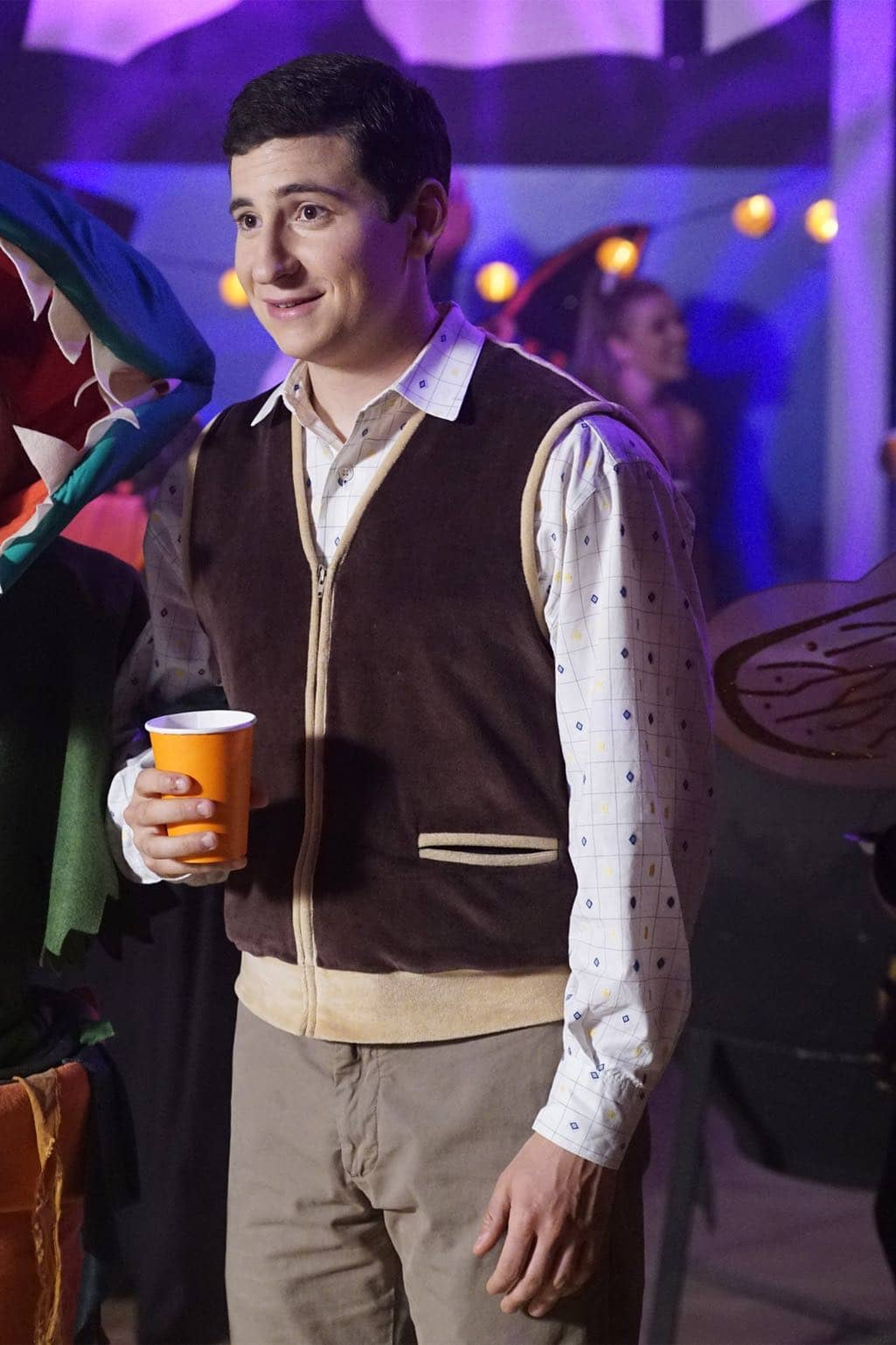 """THE GOLDBERGS - """"Stefan King"""" - Adam's love of Stephen King inspires him to try his hand at horror writing. After learning the monster in Adam's story is based off Beverly, she forces Adam to stay in on Halloween and rewrite it, hoping he depicts her as a better mother. Meanwhile, Erica is desperate to find a date to the costume dance and forces Barry go with her, on """"The Goldbergs,"""" WEDNESDAY, OCTOBER 26 (8:00-8:30 p.m. EDT), on the ABC Television Network. (ABC/Kelsey McNeal) SAM LERNER"""