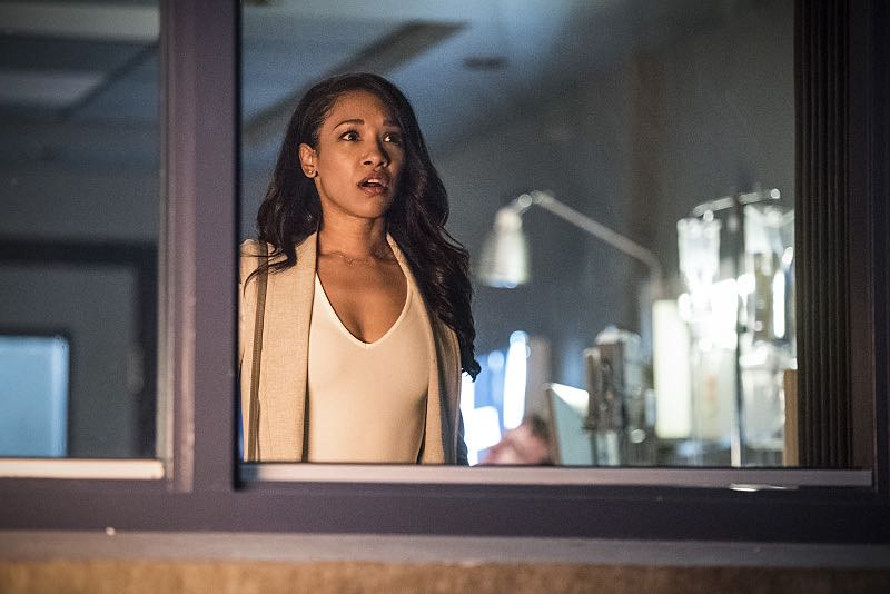 """The Flash -- """"Magenta"""" -- Image: FLA303a_0177b.jpg -- Pictured: Candice Patton as Iris West -- Photo: Dean Buscher/The CW -- © 2016 The CW Network, LLC. All rights reserved."""