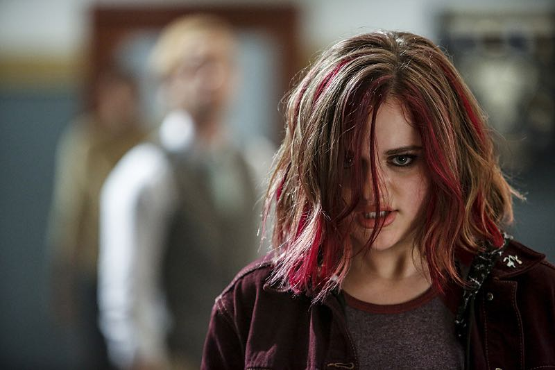 """The Flash -- """"Magenta"""" -- Image: FLA303b_0279b.jpg -- Pictured: Joey King as Frankie Kane -- Photo: Bettina Strauss/The CW -- © 2016 The CW Network, LLC. All rights reserved."""