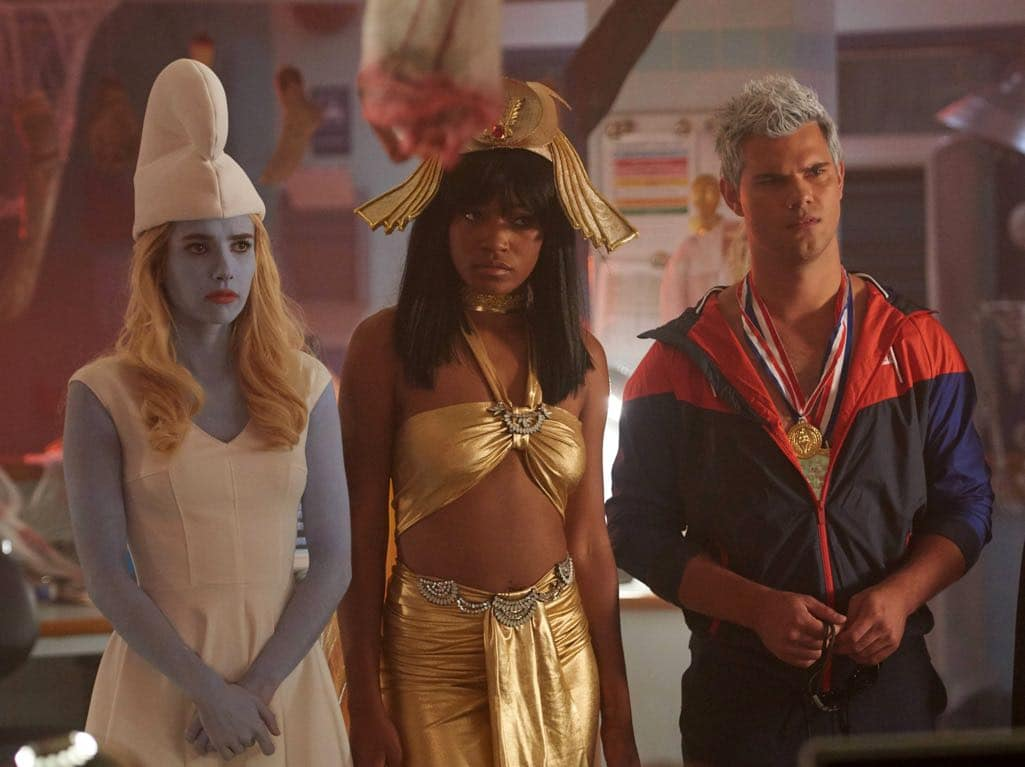 "SCREAM QUEENS: L-R: Emma Roberts, Keke Palmer and Taylor Lautner in the all-new ""Halloween Blues"" episode of SCREAM QUEENS airing Tuesday, Oct. 18 (9:01-10:00 PM ET/PT) on FOX. Cr: Michael Becker / FOX. © 2016 FOX Broadcasting Co."