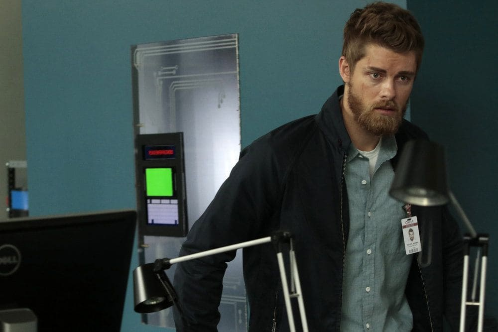 "BLINDSPOT-- ""Her Spy's Mind"" Episode 206 -- Pictured: Luke Mitchell as Roman -- (Photo by: Giovanni Ruffino/NBC)"