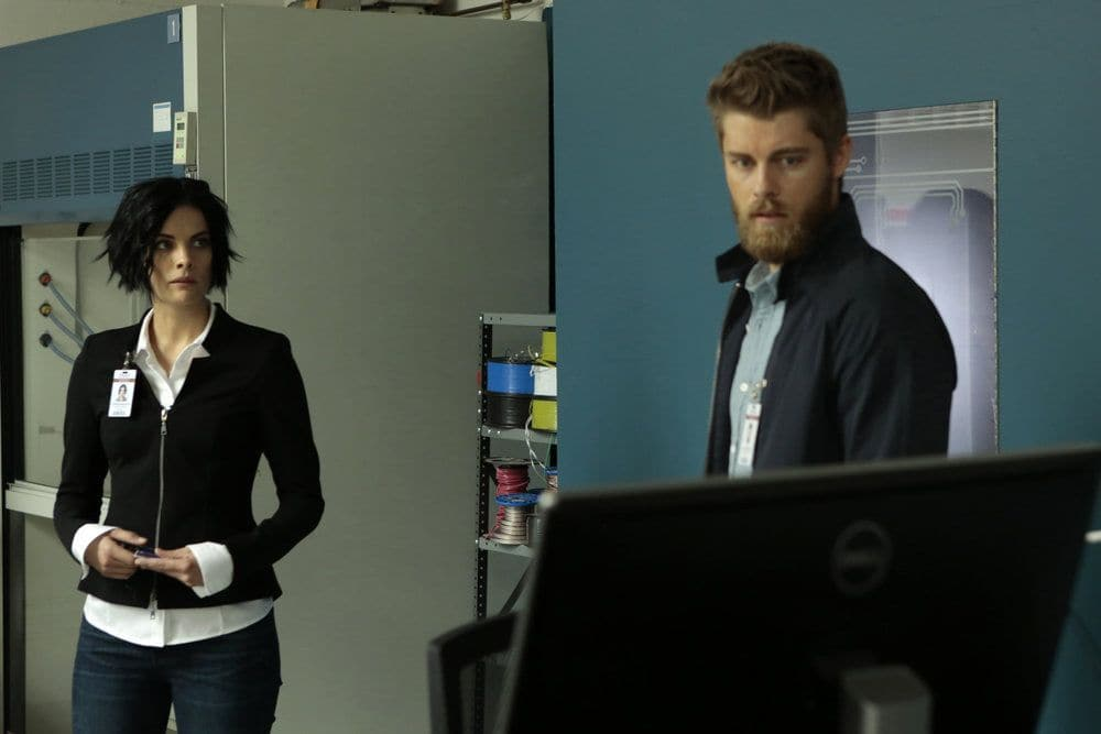 "BLINDSPOT-- ""Her Spy's Mind"" Episode 206 -- Pictured: (l-r) Jaimie Alexander as Jane Doe, Luke Mitchell as Roman -- (Photo by: Giovanni Ruffino/NBC)"