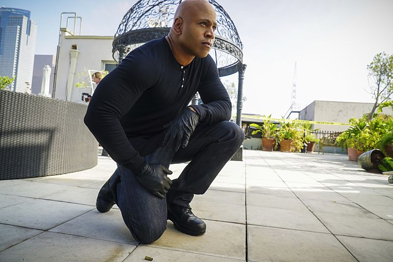 """Ghost Gun"" -- Pictured: LL COOL J (Special Agent Sam Hanna). The murder of a Navy Machinist with high security clearance sends the team on a city-wide hunt tracking evidence. Also, Anna Kolcheck (Bar Paly) partners with Callen, and Sam assists Hetty in the on-going mole investigation, on NCIS: LOS ANGELES, Sunday, Oct. 23 (8:30-9:30 PM, ET/8:00-9:00 PM, PT), on the CBS Television Network. Photo: Richard Cartwright/CBS ©2016 CBS Broadcasting, Inc. All Rights Reserved."