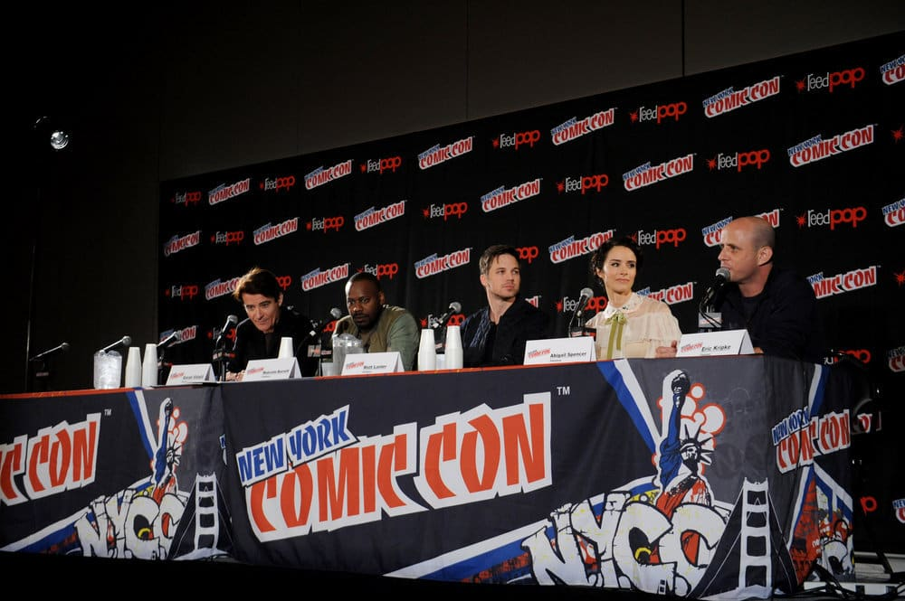"NEW YORK COMIC CON 2016 -- ""Timeless"" Panel -- Pictured: (l-r) Goran Visnjic, Malcolm Barrett, Matt Lanter, Abigail Spencer, Executive Producer Eric Kripke on Sunday, October 9, 2016 from the Javits Center in New York, NY -- (Photo by: Brad Barket/NBC)"