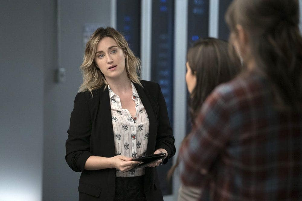 """BLINDSPOT -- """"Condone Untidiest Thefts"""" Episode 205 -- Pictured: (l-r) Ashley Johnson as Patterson, Audrey Esparza as Tasha Zapata, Trieste Kelly Dunn as Allison Knight -- (Photo by: Peter Kramer/NBC)"""