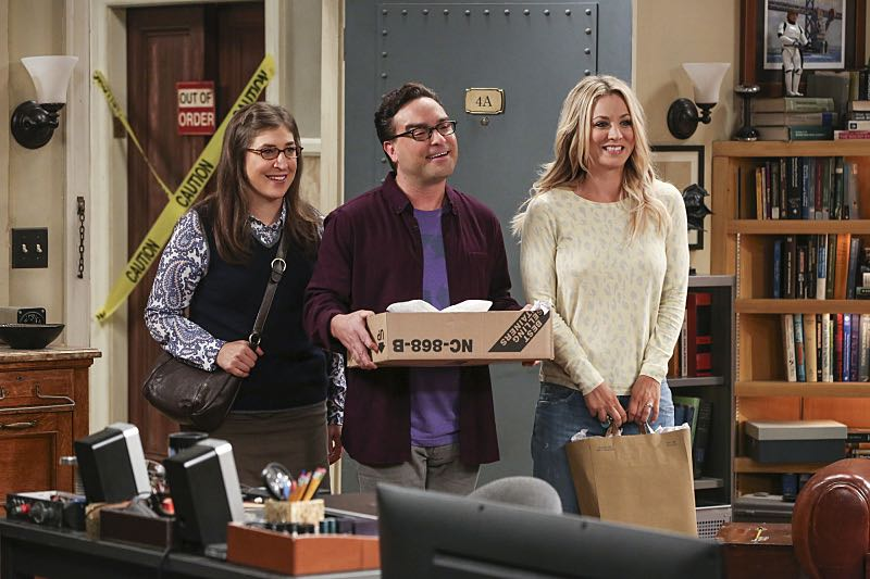 """The Cohabitation Experimentation"" -- Pictured: Amy Farrah Fowler (Mayim Bialik), Leonard Hofstadter (Johnny Galecki) and Penny (Kaley Cuoco). When Amy's apartment floods, she proposes a ""cohabitation experiment"" with Sheldon. Also, Howard and Bernadette are upset when Koothrappali learns the gender of the baby before them, on THE BIG BANG THEORY, Monday, Oct. 10 (8:00-8:31 PM, ET/PT), on the CBS Television Network. Photo: Michael Yarish/Warner Bros. Entertainment Inc. © 2016 WBEI. All rights reserved."