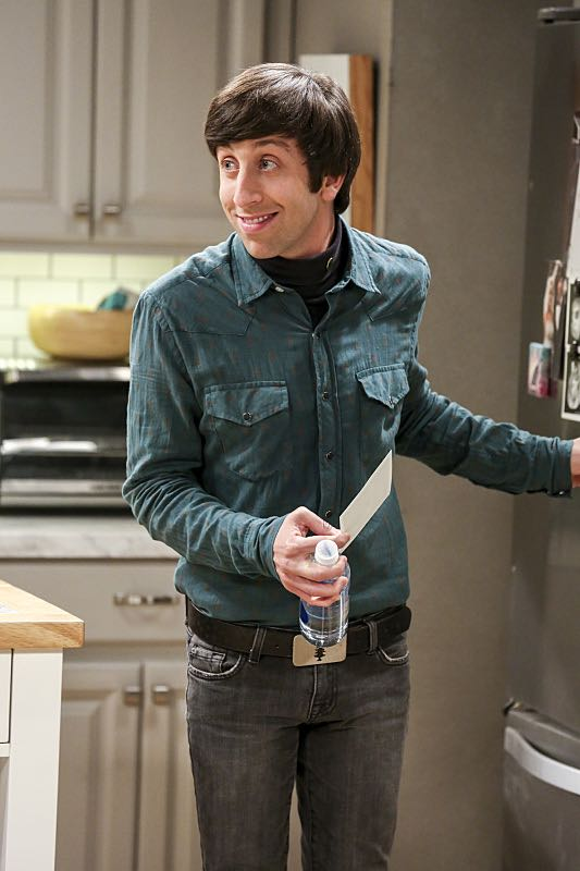 """The Cohabitation Experimentation"" -- Pictured: Howard Wolowitz (Simon Helberg). When Amy's apartment floods, she proposes a ""cohabitation experiment"" with Sheldon. Also, Howard and Bernadette are upset when Koothrappali learns the gender of the baby before them, on THE BIG BANG THEORY, Monday, Oct. 10 (8:00-8:31 PM, ET/PT), on the CBS Television Network. Photo: Michael Yarish/Warner Bros. Entertainment Inc. © 2016 WBEI. All rights reserved."