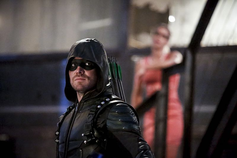 "Arrow -- ""The Recruits"" -- Image AR502a_0057b.jpg -- Pictured (L-R): Stephen Amell as Green Arrow and Emily Bett Rickards as Felicity Smoak -- Photo: Bettina Strauss/The CW -- © 2016 The CW Network, LLC. All Rights Reserved."