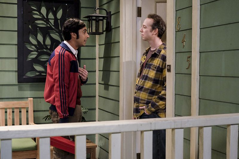 """""""The Property Division Collision"""" -- Pictured: Rajesh Koothrappali (Kunal Nayyar) and Stuart (Kevin Sussman).Sheldon and Leonard try to divvy up their shared belongings, but can't agree on anything. Also, Koothrappali and Stuart fight to be the most helpful during Bernadette's final weeks of pregnancy, on THE BIG BANG THEORY, Thursday, Dec. 1 (8:00-8:31 PM, ET/PT), on the CBS Television Network. Christopher Lloyd guest stars as Theodore. Photo: Darren Michaels/Warner Bros. Entertainment Inc. © 2016 WBEI. All rights reserved."""