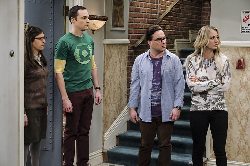 """""""The Property Division Collision"""" -- Pictured: Amy Farrah Fowler (Mayim Bialik), Sheldon Cooper (Jim Parsons), Leonard Hofstadter (Johnny Galecki) and Penny (Kaley Cuoco). Sheldon and Leonard try to divvy up their shared belongings, but can't agree on anything. Also, Koothrappali and Stuart fight to be the most helpful during Bernadette's final weeks of pregnancy, on THE BIG BANG THEORY, Thursday, Dec. 1 (8:00-8:31 PM, ET/PT), on the CBS Television Network. Christopher Lloyd guest stars as Theodore. Photo: Darren Michaels/Warner Bros. Entertainment Inc. © 2016 WBEI. All rights reserved."""