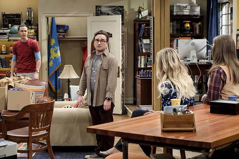 """""""The Property Division Collision"""" -- Pictured: Sheldon Cooper (Jim Parsons), Leonard Hofstadter (Johnny Galecki), Penny (Kaley Cuoco) and Amy Farrah Fowler (Mayim Bialik). Sheldon and Leonard try to divvy up their shared belongings, but can't agree on anything. Also, Koothrappali and Stuart fight to be the most helpful during Bernadette's final weeks of pregnancy, on THE BIG BANG THEORY, Thursday, Dec. 1 (8:00-8:31 PM, ET/PT), on the CBS Television Network. Christopher Lloyd guest stars as Theodore. Photo: Darren Michaels/Warner Bros. Entertainment Inc. © 2016 WBEI. All rights reserved."""