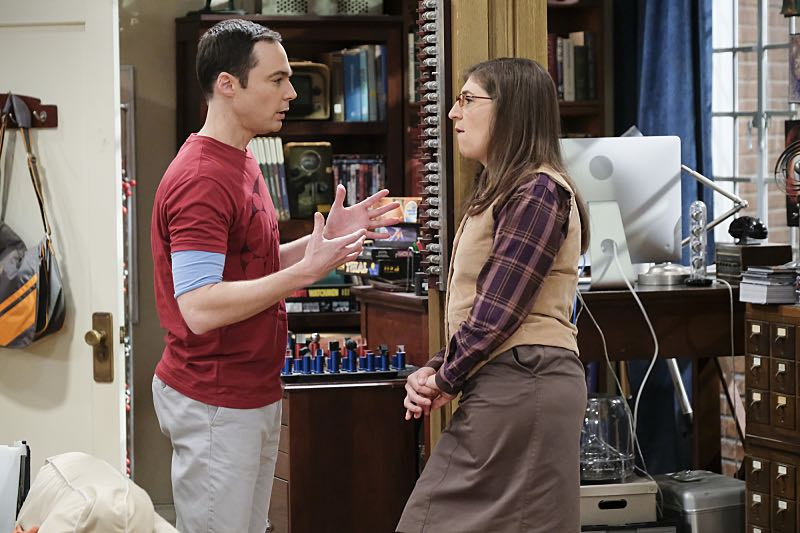 """""""The Property Division Collision"""" -- Pictured: Leonard Hofstadter (Johnny Galecki) and Amy Farrah Fowler (Mayim Bialik). Sheldon and Leonard try to divvy up their shared belongings, but can't agree on anything. Also, Koothrappali and Stuart fight to be the most helpful during Bernadette's final weeks of pregnancy, on THE BIG BANG THEORY, Thursday, Dec. 1 (8:00-8:31 PM, ET/PT), on the CBS Television Network. Christopher Lloyd guest stars as Theodore. Photo: Darren Michaels/Warner Bros. Entertainment Inc. © 2016 WBEI. All rights reserved."""