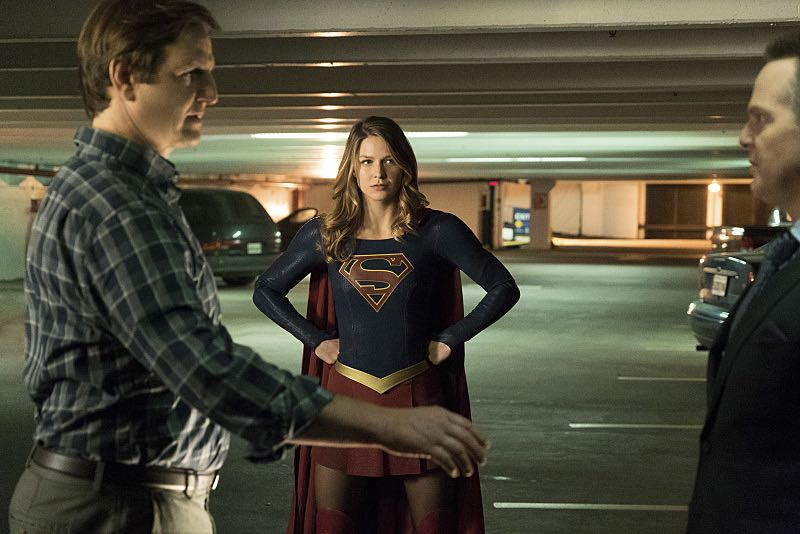 """Supergirl -- """"Changing"""" -- Image SPG206a_0321 -- Pictured (L-R): William Mapother as Dr. Rudy Jones, Melissa Benoist as Kara/Supergirl, Jason Gray-Stanford as Rand O'Reilly -- Photo: Liane Hentscher/The CW -- © 2016 The CW Network, LLC. All Rights Reserved"""