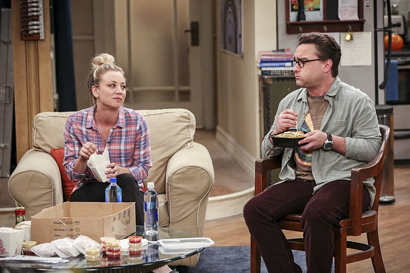 """""""The Brain Bowl Incubation"""" -- Pictured: Penny (Kaley Cuoco) and Leonard Hofstadter (Johnny Galecki). After a successful experiment combining their genes, Sheldon will stop at nothing to convince Amy they should procreate. Also, Koothrappali is embarrassed to tell the gang what the new woman he's dating does for a living, on THE BIG BANG THEORY, Thursday, Nov. 10 (8:00-8:31 PM, ET/PT), on the CBS Television Network. Photo: Michael Yarish/Warner Bros. Entertainment Inc. © 2016 WBEI. All rights reserved."""