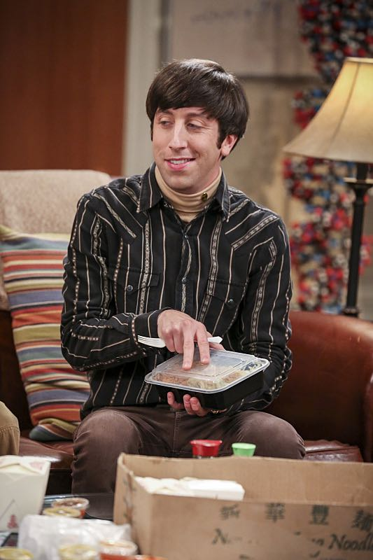 """""""The Brain Bowl Incubation"""" -- Pictured: Howard Wolowitz (Simon Helberg). After a successful experiment combining their genes, Sheldon will stop at nothing to convince Amy they should procreate. Also, Koothrappali is embarrassed to tell the gang what the new woman he's dating does for a living, on THE BIG BANG THEORY, Thursday, Nov. 10 (8:00-8:31 PM, ET/PT), on the CBS Television Network. Photo: Michael Yarish/Warner Bros. Entertainment Inc. © 2016 WBEI. All rights reserved."""