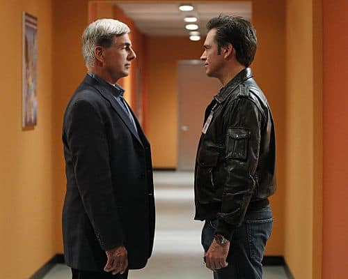 """""""Baltimore"""" - After Tony's (Michael Weatherly, right) ex-partner, Danny Price, appears to be the Port-to-Port Killer's latest victim, he revisits his days as a detective in Baltimore, including his first encounter with Gibbs (Mark Harmon, left), on NCIS, Tuesday, May 3 (8:00-9:00 PM, ET/PT) on the CBS Television Network. Scott Grimes (""""ER"""") guest stars as Detective Danny Price, Tony's former partner. Photo: Monty Brinton/CBS ©2011 CBS Broadcasting Inc. All Rights Reserved"""