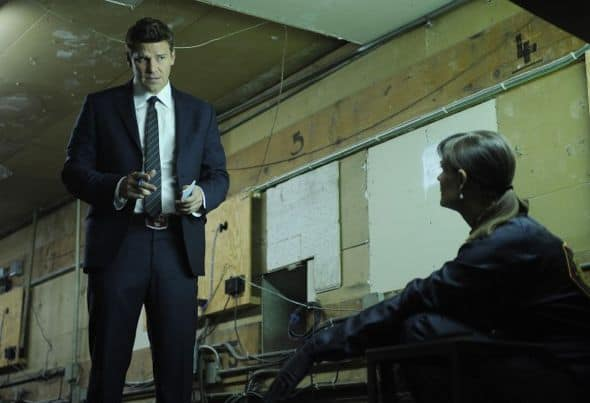 Bones_Season_6_Episode_23_The_Change_In_The_Game_3-664