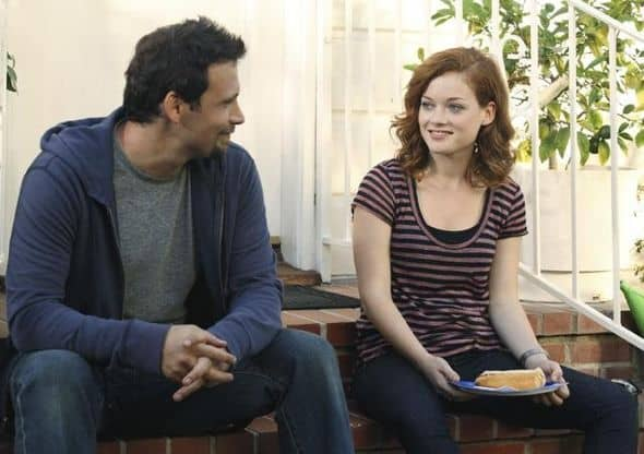 """SUBURGATORY - """"The Barbecue"""" - After Ryan Shay (Parker Young) is goaded into kissing Tessa, she's shocked (and a little disgusted) to find there's serious chemistry between them. George finds out that, as the new neighbor on the block, he has to host """"the barbecue"""" or face being ostracized, on """"Suburgatory,"""" WEDNESDAY, OCTOBER 5 (8:30-9:00 p.m., ET) on the ABC Television Network. (ABC/KAREN NEAL) JEREMY SISTO, JANE LEVY"""