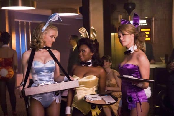 THE PLAYBOY CLUB -- Pilot Episode -- Pictured: (l-r) Amber Heard as Maureen, Naturi Naughton as Brenda, Leah Renee as Alice -- Photo by: Matt Dinerstein/NBC
