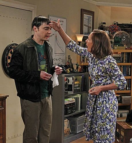 """""""The Rhinitis Revelation"""" -- Sheldon (Jim Parsons, left) competes with Leonard  and the gang for his mother's (Laurie Metcalf, right) attention when she comes to visit, on THE BIG BANG THEORY, Thursday Oct. 20 (8:00 - 8:31 PM, ET/PT) on the CBS Television Network.   Photo: Sonja Flemming/CBS ©2011 CBS Broadcasting Inc. All Rights Reserved"""