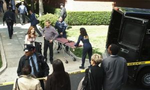 "BODY OF PROOF - ""Gross Anatomy"" - A murdered young woman's body turns up in place of a medical school cadaver during class, leaving Megan to rely on the aid of the star student to help solve the case, on ""Body of Proof,"" TUESDAY, NOVEMBER 29 (10:00-11:00 p.m., ET) on the ABC Television Network. (ABC/MICHAEL DESMOND) DANA DELANY, NICHOLAS BISHOP, NATHALIE KELLEY"