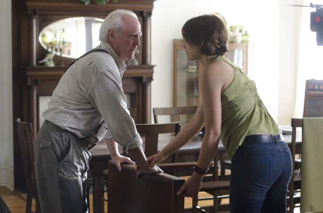 Hershel Greene (Scott Wilson) and Maggie Greene (Lauren Cohan) - The Walking Dead - Season 2, Episode 5