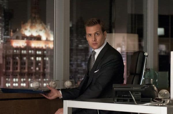 Suits Season 2 Episode 1 She Knows