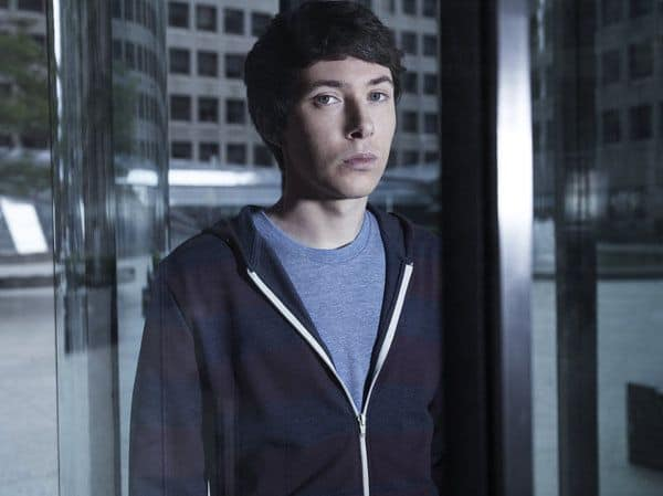 Ryan Cartwright as Gary Bell