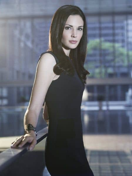 Laura Mennell as Nina Theroux