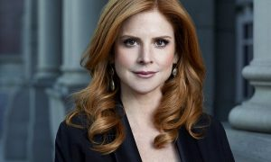 Sarah Rafferty Suits as Donna Paulsen
