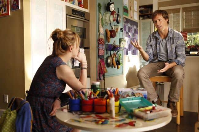 Ben And Kate Season 1 Episode 1 Pilot