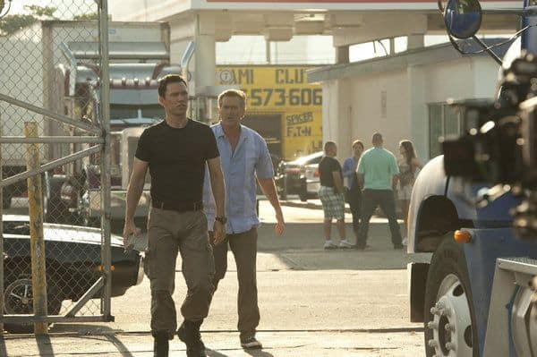 """BURN NOTICE -- """"Scorched Earth"""" Episode 602 -- Pictured: (l-r) Jeffrey Donovan as Michael Westen, Bruce Campbell as Sam Axe -- (Photo by Glenn Watson/USA Network)"""