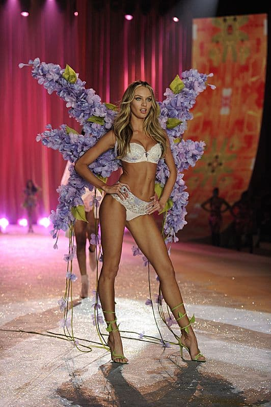 THE VICTORIA'S SECRET FASHION SHOW Candice Swanepoel