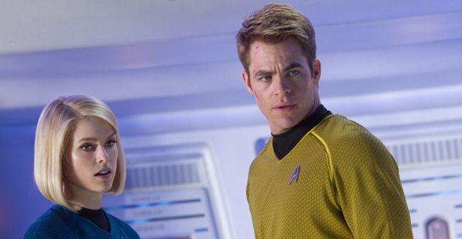 Chris Pine Alice Eve Star Trek Into Darkness