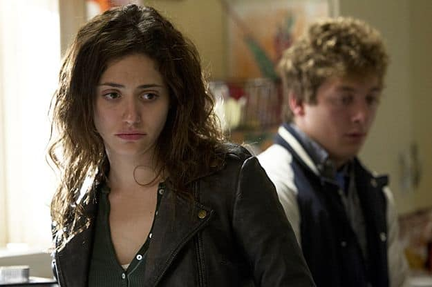 Jeremy Allen White as Lip Gallagher and Emmy Rossum as Fiona Gallagher in Shameless (Season 3, episode 8)