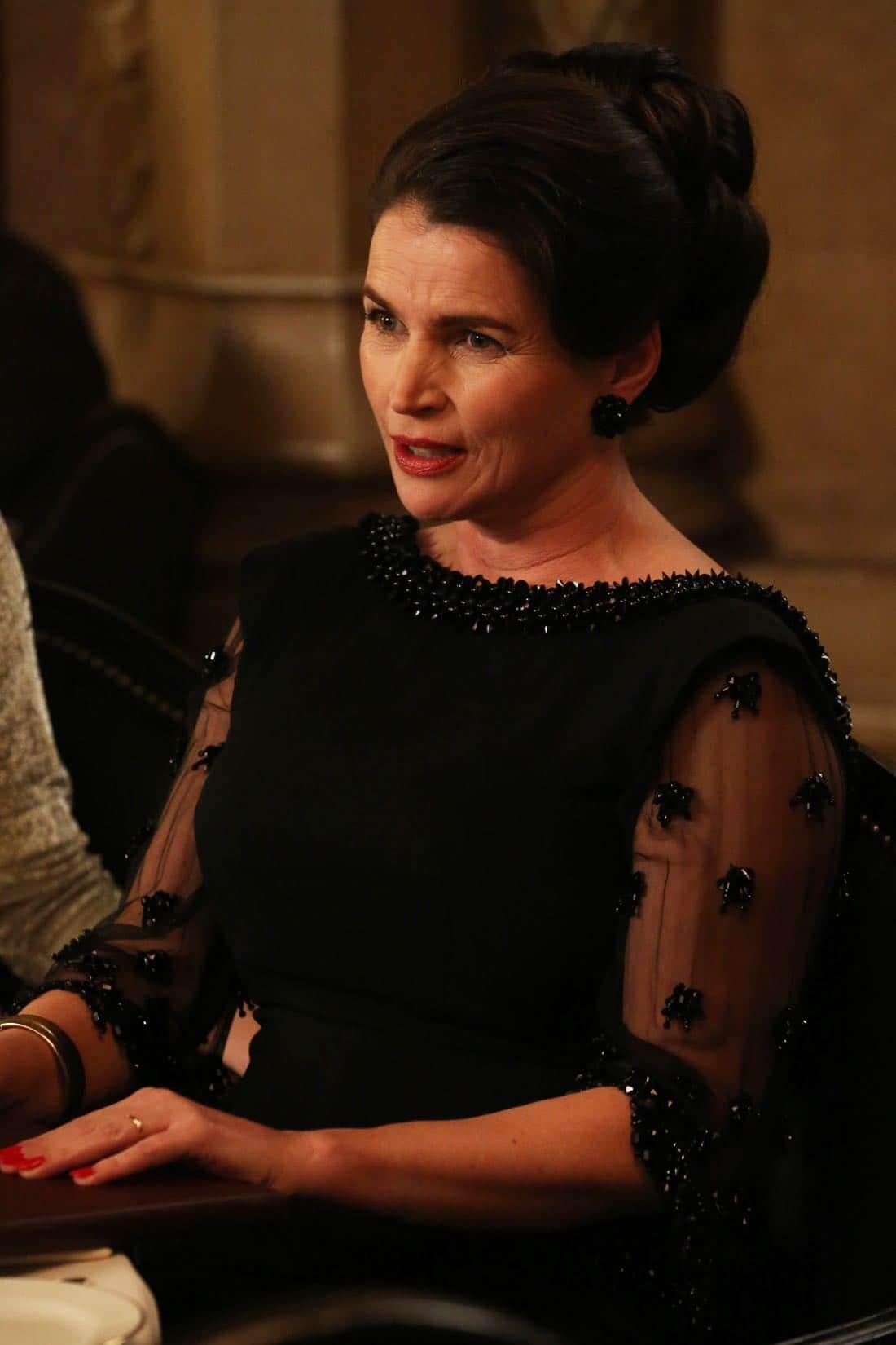 "Marie Calvet (Julia Ormond) - Mad Men_Season 6, Episode 6_""For Immediate Release"" - Photo Credit: Michael Yarish/AMC"