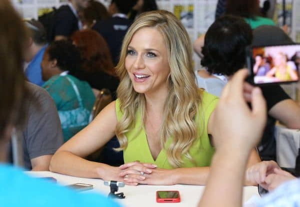 Julie Benz Comic Con Defiance