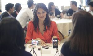 Aimee Teegarden Comic Con Star Crossed
