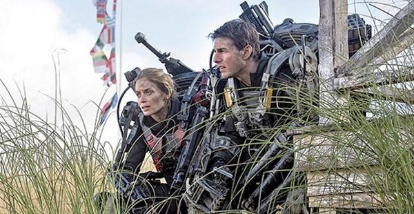 EDGE OF TOMORROW Tom Cruise Emily Blunt