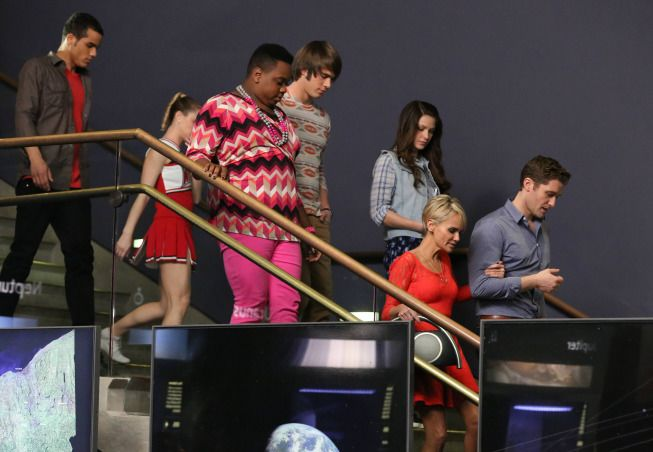 GLEE Episode 5 13 Photos New Directions   Page 15 of 16