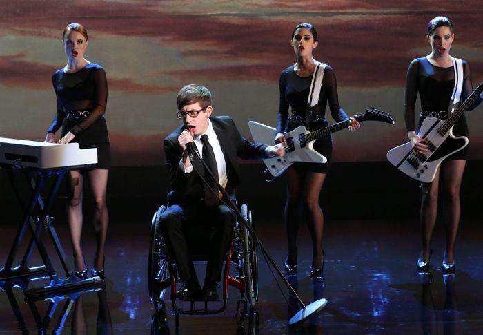 Glee Season 5 Episode 16 5